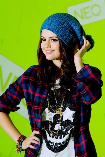 Selena Marie Gomez biographya com 4 بیوگرافی کامل سلنا گومز + عکس