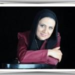 مصاحبه با فلورا سام بازیگر و نویسنده سریال شب های روشن