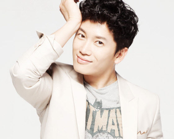 http://biographyha.com/wp-content/uploads/2014/05/Ji-Sung-biographya-com-3.jpg