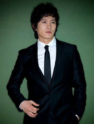 http://biographyha.com/wp-content/uploads/2014/05/Ji-Sung-biographya-com-5.jpg