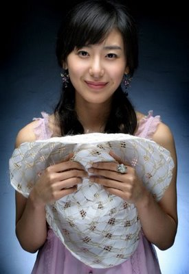 بیوگرافی مون جونگ هی - Moon Jung-hee