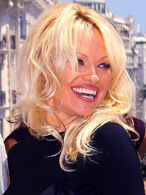 بیوگرافی پاملا اندرسون - Pamela Denise Anderson